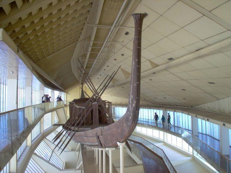 Egitto sposta barca